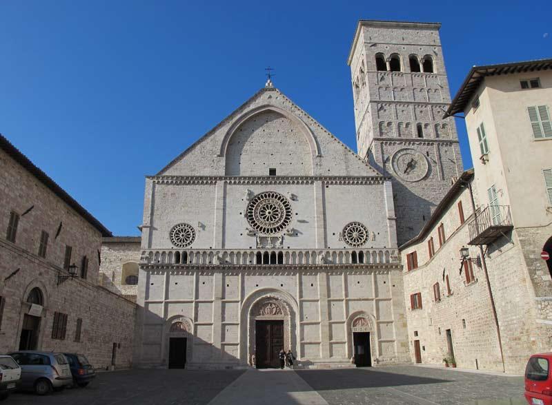 Duomo de Asis