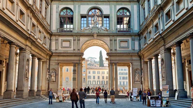 Galería Uffizi en Exterior