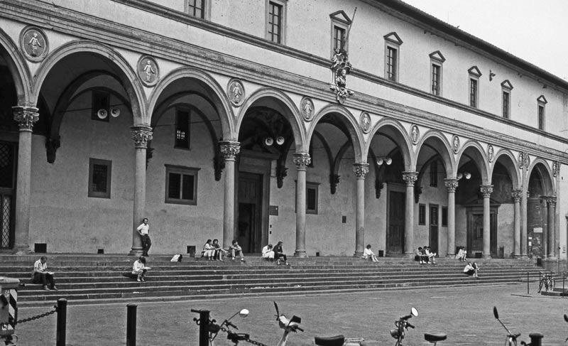 Ospedale degli Innocenti orfanato de niños de Florencia