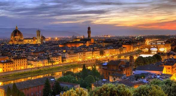 Anochecer en Florencia desde el Piazzale Michelangelo
