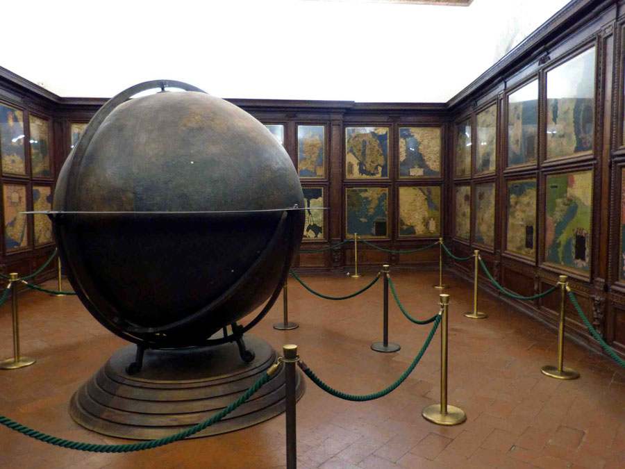 Sala de mapas geográficos
