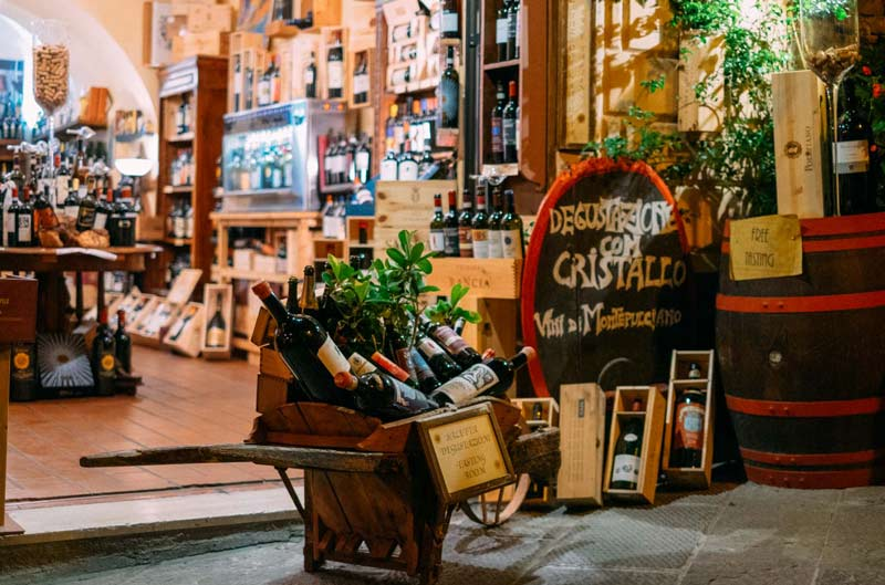 montepulciano-vino