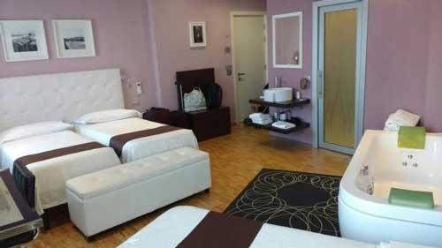 Hotel con Jacuzzi en la habitación en Florencia
