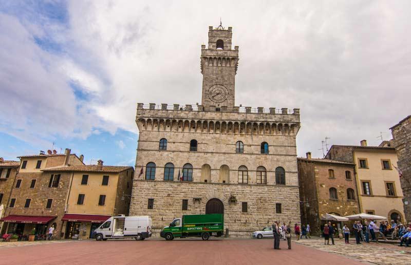 palazzo-comunale-montepulciano