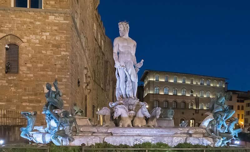 La fuente de Neptuno en la Piazza della Signoria
